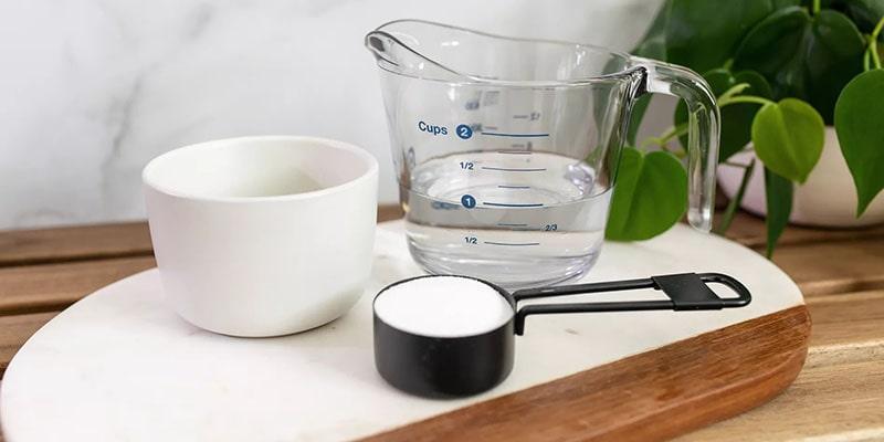 استفاده از سرکه و جوش شیرین به عنوان تمیزکننده