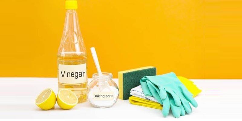 رفع بوی بد ظروف پلاستیکی با جوششیرین: