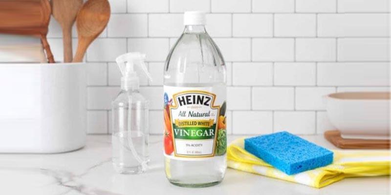 سرکه سفید برای رفع بوی بد ظروف پلاستیکی
