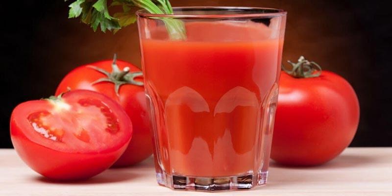 رفع بوی بد ظروف پلاستیکی با آب گوجهفرنگی