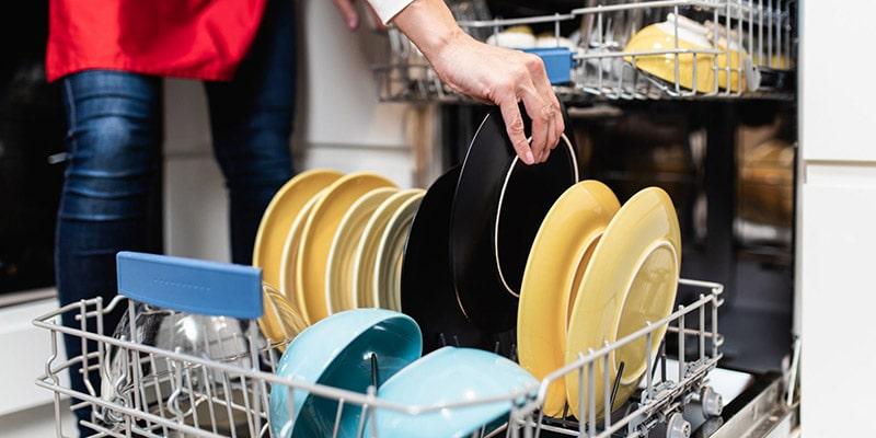علت خاموش نشدن چراغ نمک ماشین ظرفشویی