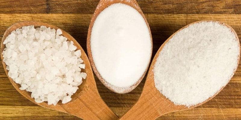 چگونه در ماشین ظرفشویی نمک بریزیم؟