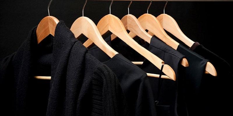 چگونه لباسهای مشکی و تیره را شستشو دهیم؟