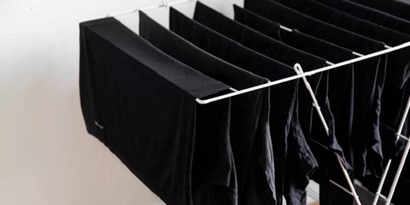 نحوه خشک کردن لباسهای مشکی و تیره